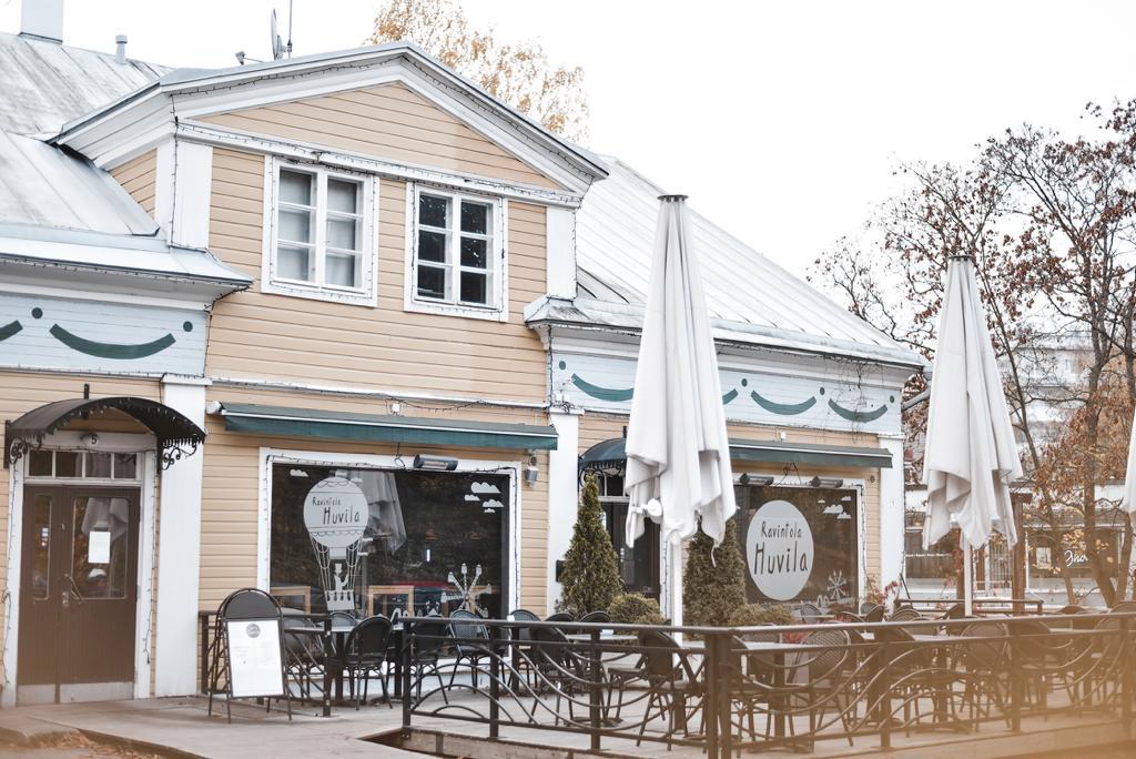 Ravintolasuositus Järvenpäässä Huvila.